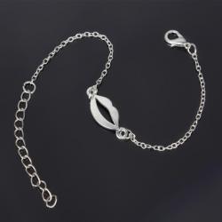 Zilverkleurige Armband met kus